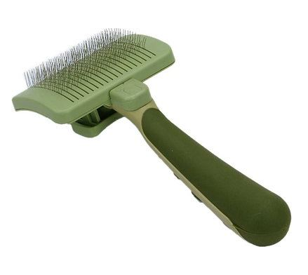 Safari self-cleaning slicker brush for cats