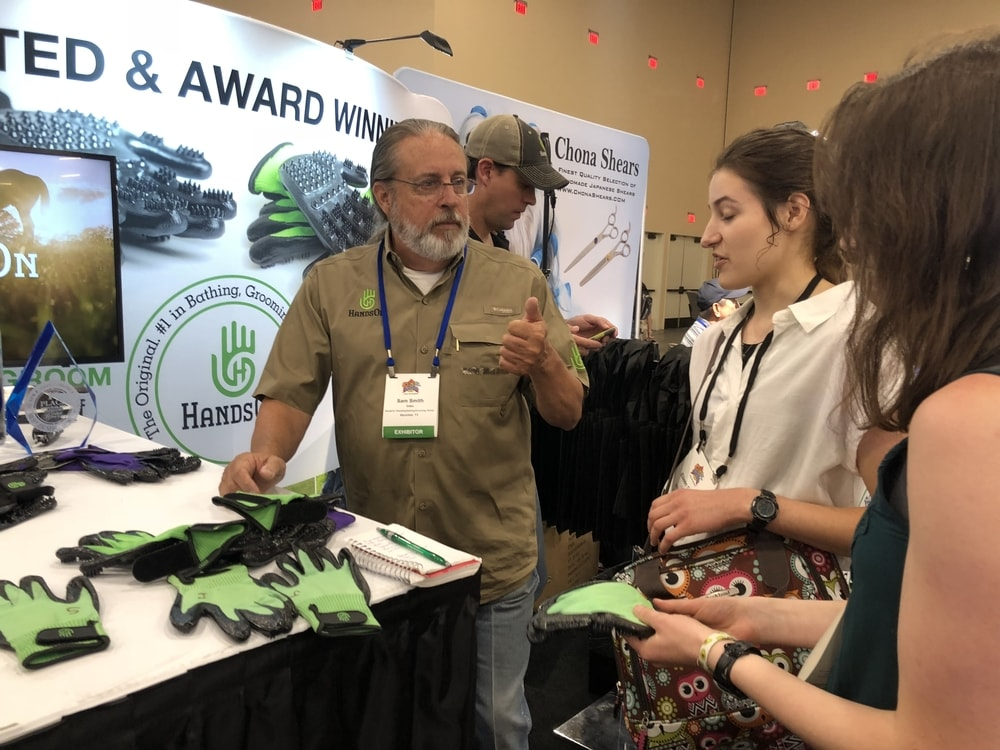 Meeting with HandsOn Gloves at SuperZoo